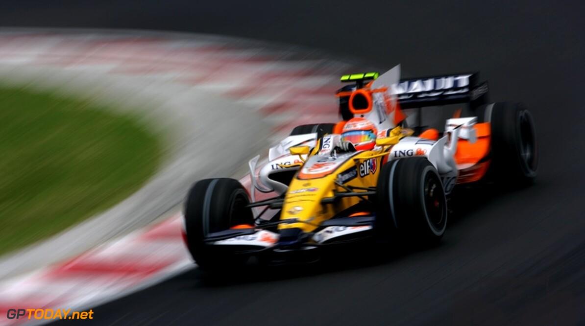 Piquet jr vreest dat Romain Grosjean zijn stoeltje overneemt