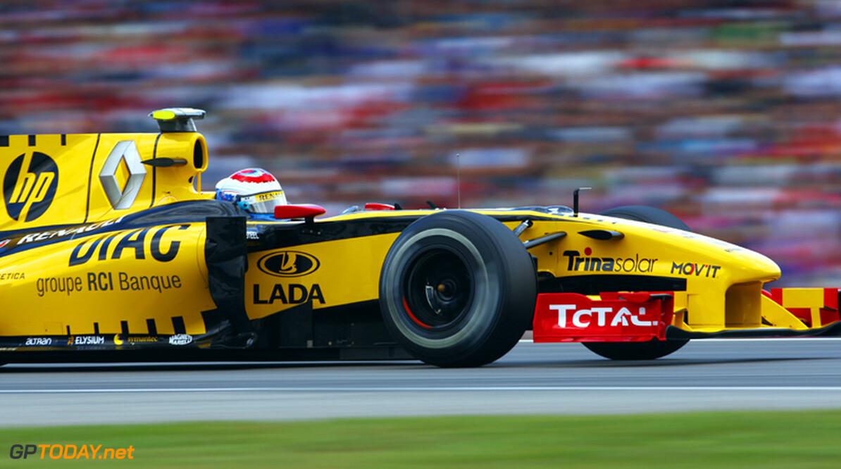 """Renault over Petrov: """"Nieuw contract geen gedane zaak"""""""