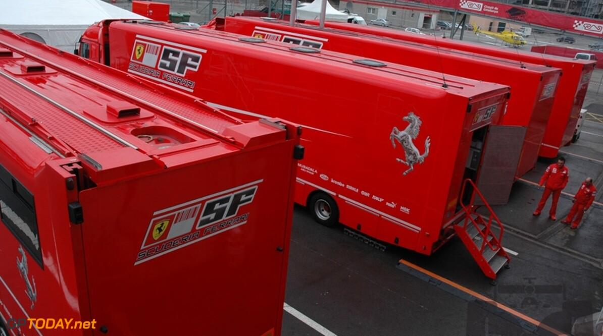 Valentino Rossi wil weer eens voor Ferrari testen