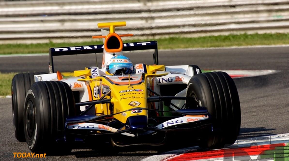 Fernando Alonso blij met afscheid van gegroefde banden