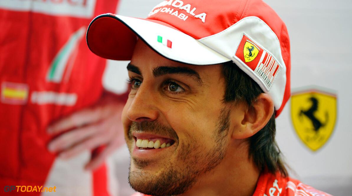 Alonso beschuldigt rivalen van psychologische oorlogsvoering