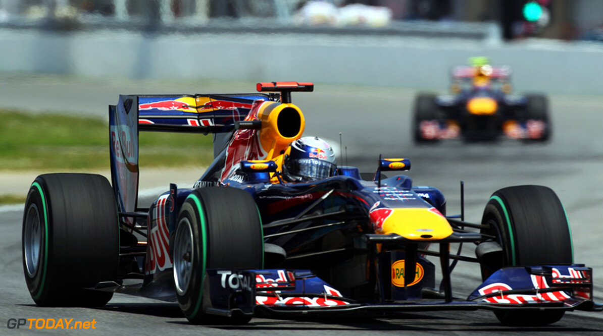 """Mateschitz: """"Red Bull staat open om eigen motoren te bouwen"""""""