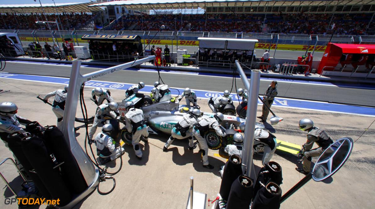 <b>Analyse:</b> Red Bull Racing en Mercedes GP voeren snelste pitsops uit