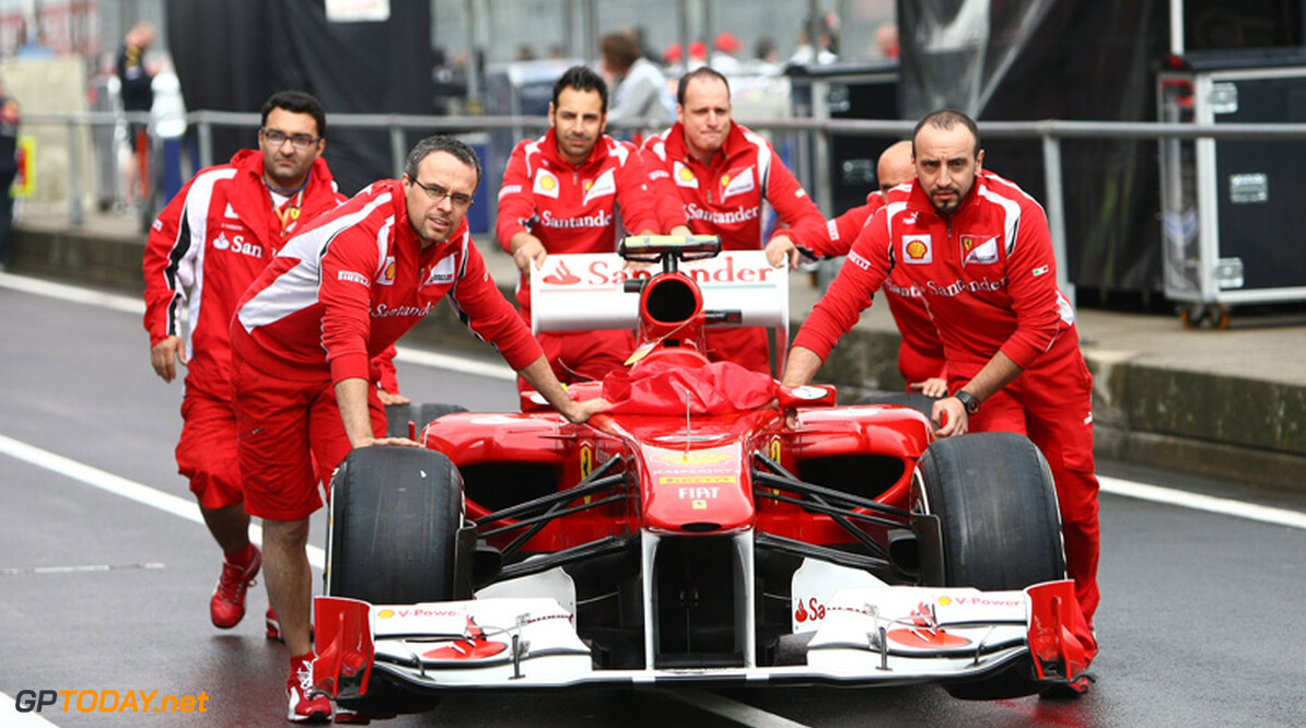 """Ferrari kiest de aanval: """"Dan zien we wel waar het schip strandt"""""""