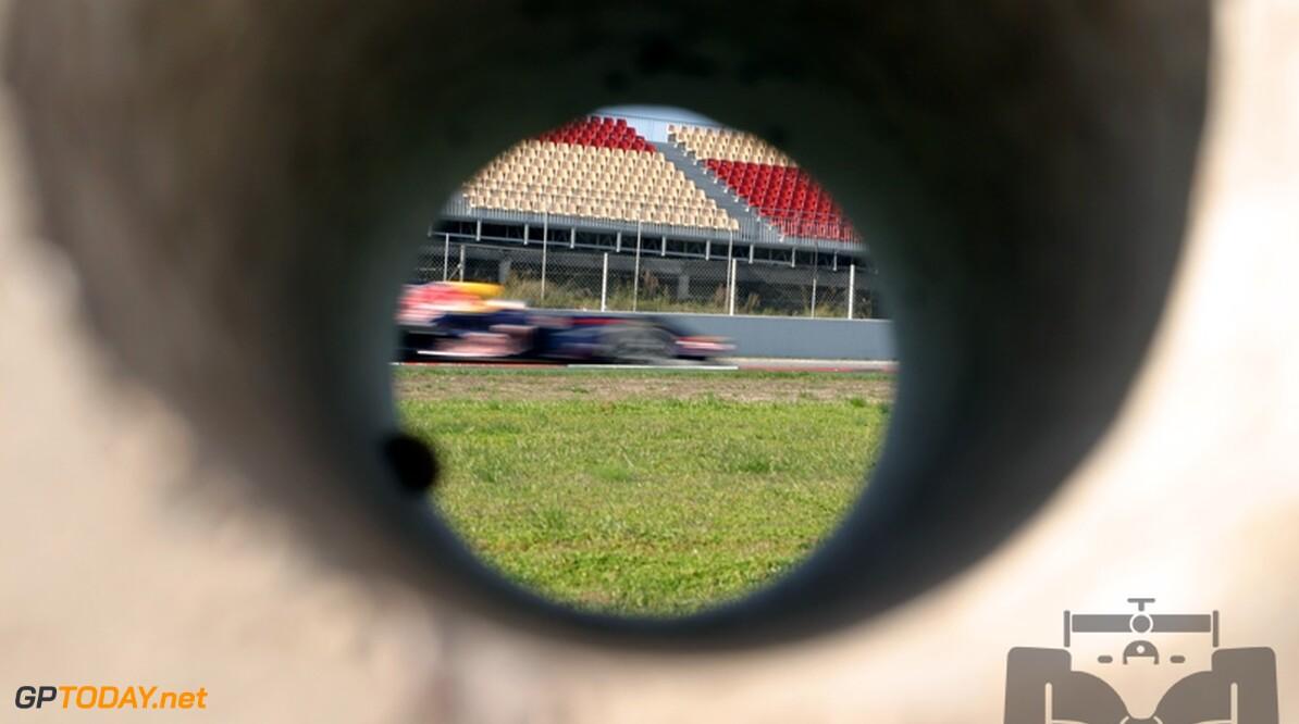 Vettel snelste coureur op tweede testdag Barcelona