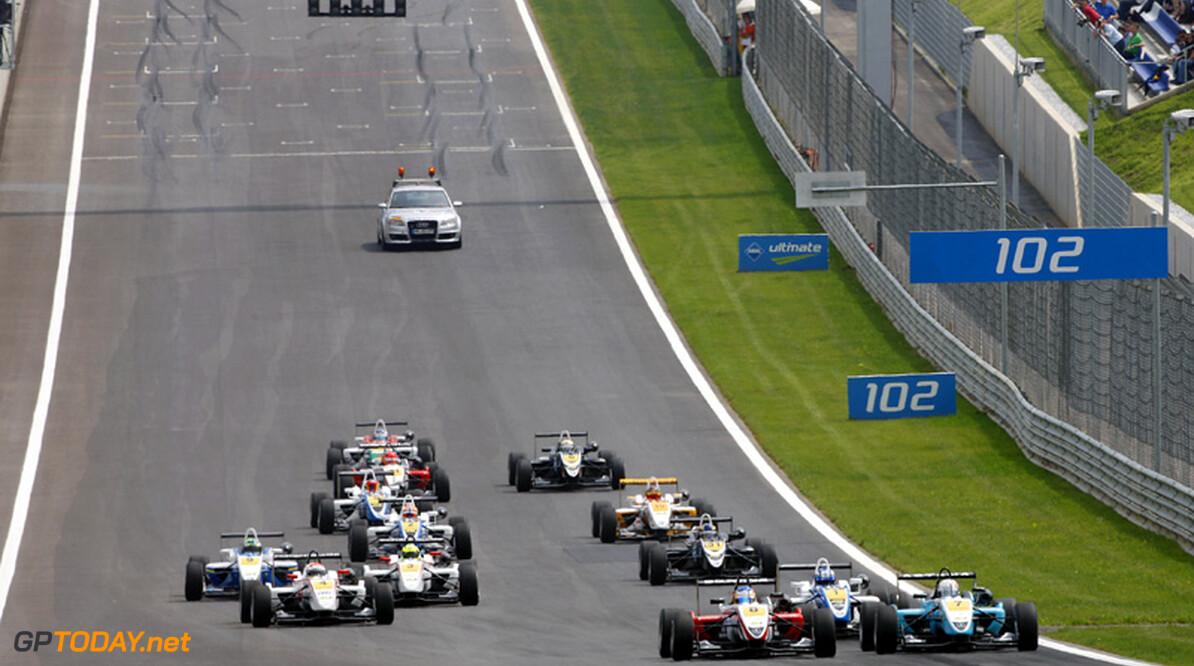 Euroseries verzekerd van veld met minstens vijftien auto's in 2012