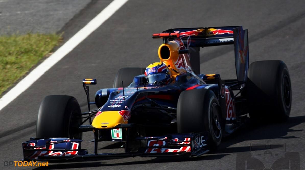 VT1: Mark Webber slaat gat met Red Bull Racing