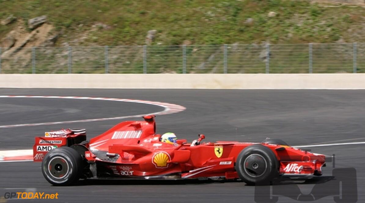 VT3: Massa snelste voor Hamilton en Raikkonen