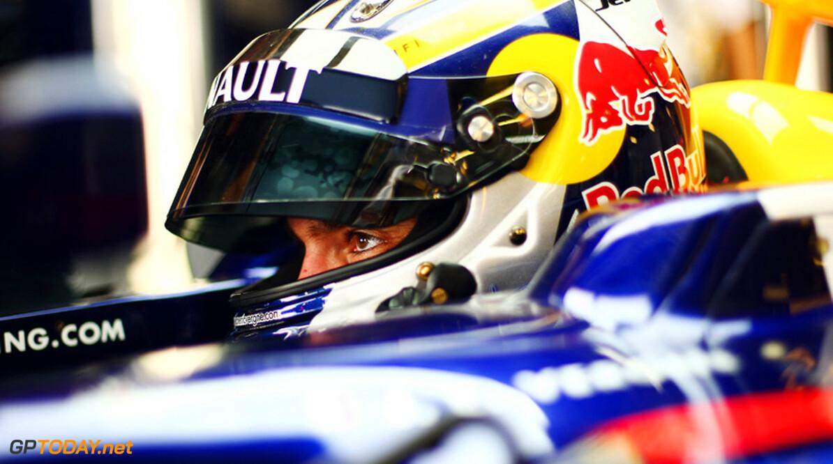 Red Bull Racing en Vergne gehinderd door KERS-problemen