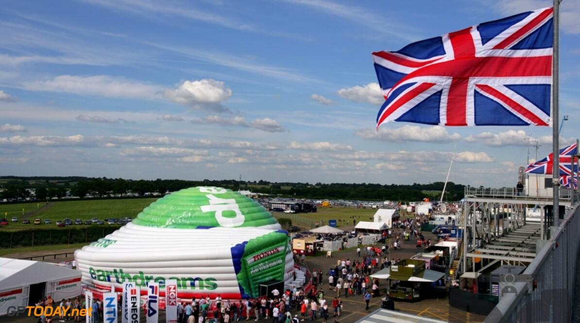 Donington wil vliegverkeer tijdens de race beperken