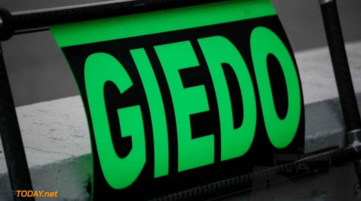 """Van der Garde na behaalde titel: """"Geweldig!"""""""