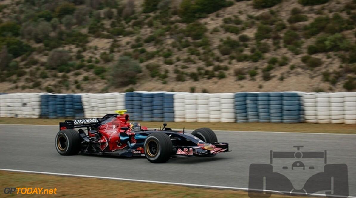 Tost ziet Scuderia Toro Rosso naar elkaar toe groeien