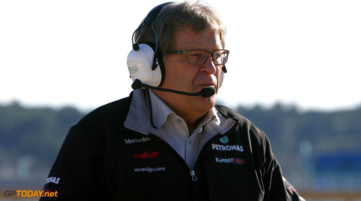 """Lauda: """"Haug voelt zich verantwoordelijk voor falen Mercedes"""""""