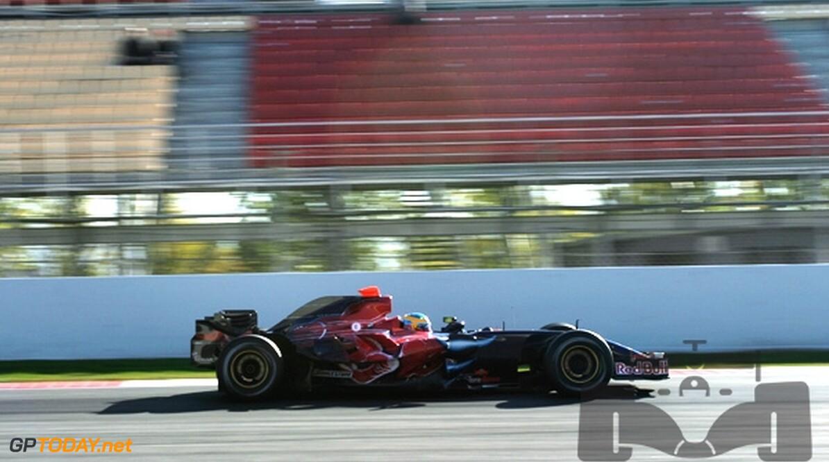 Scuderia Toro Rosso begint 2008 met oude auto