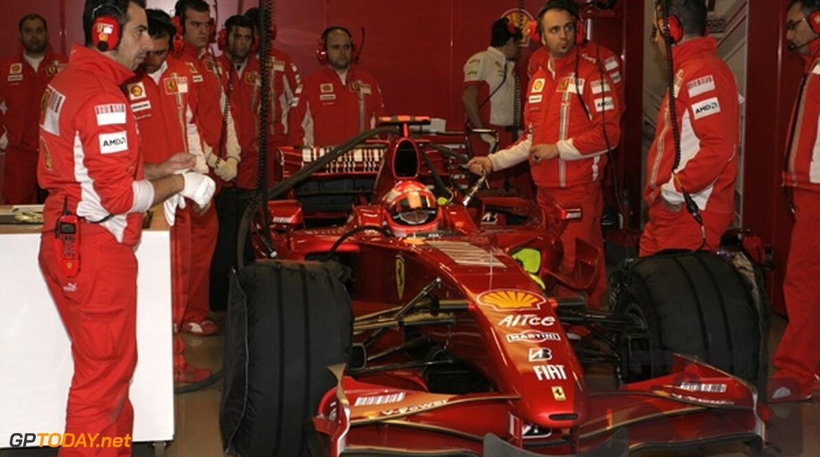 Michael Schumacher in Jerez weer in actie voor Ferrari
