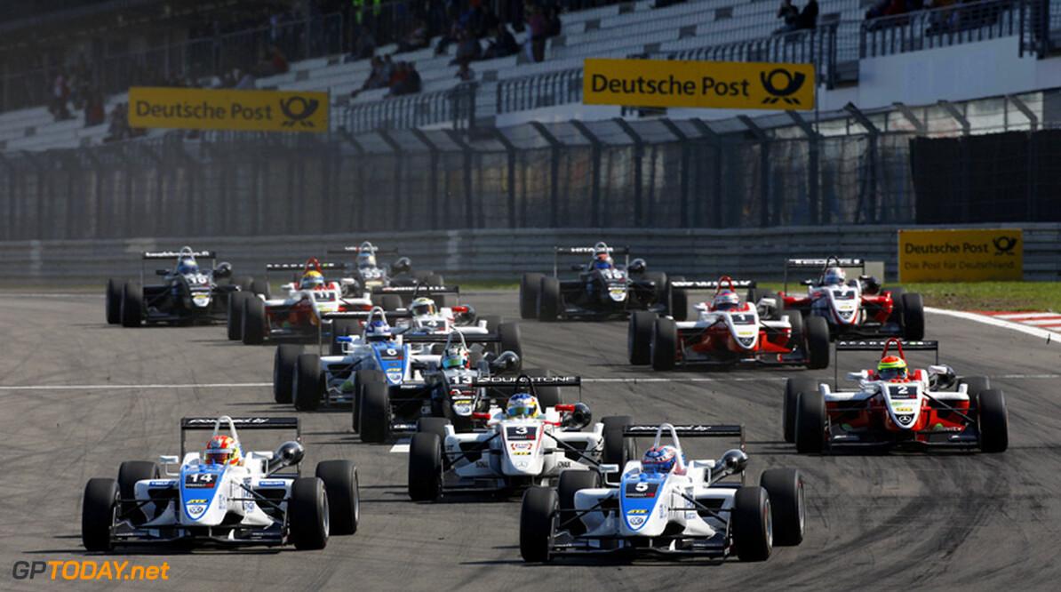 Tweede kwalificatie in Macau verplaatst naar morgen