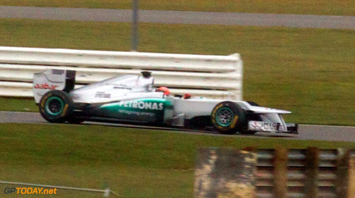 Mercedes werkt privé-testdag af op circuit van Barcelona