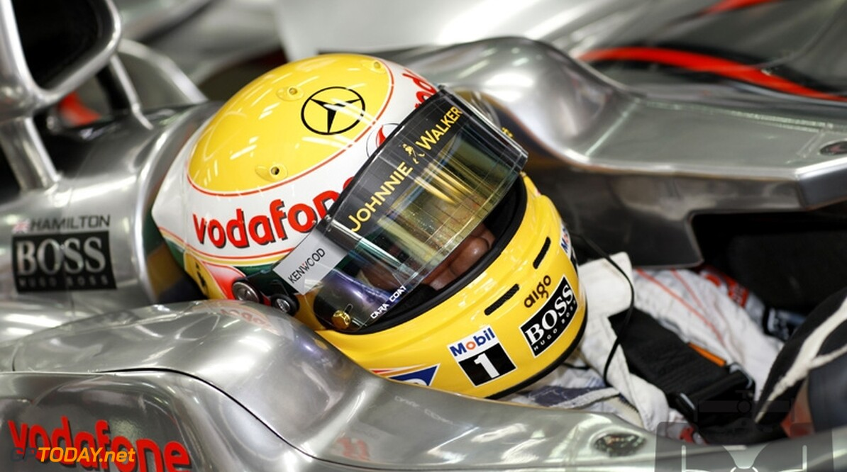 Hamilton vindt zichzelf niet beter dan Ayrton Senna