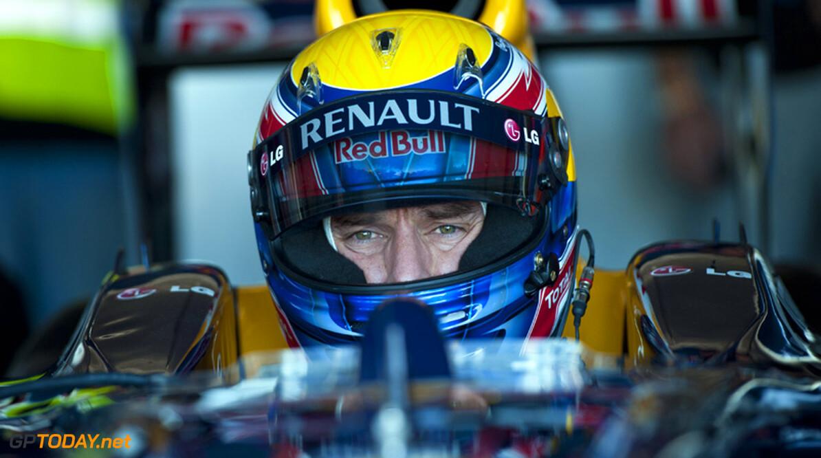 Mark Webber verzweeg gebroken schouder voor teambaas