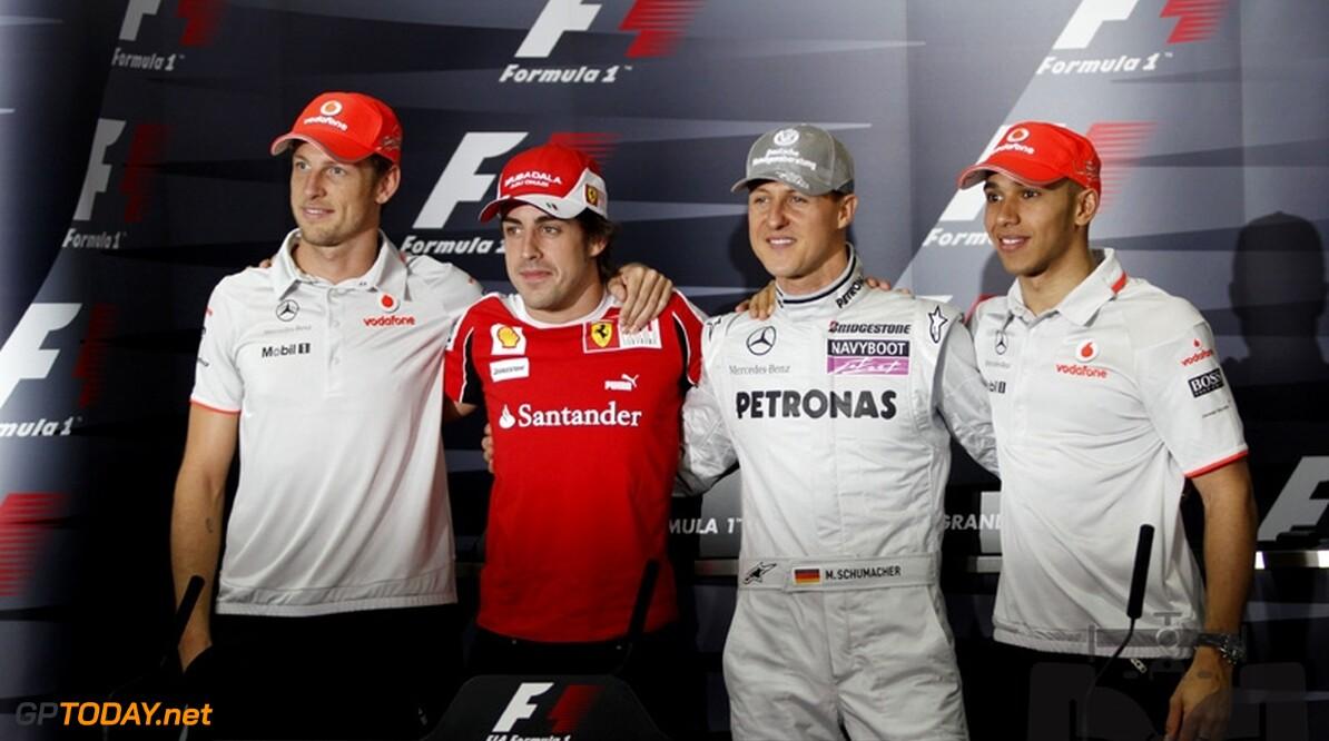 """Alonso: """"Schumacher behoort met goede auto tot de favorieten"""""""