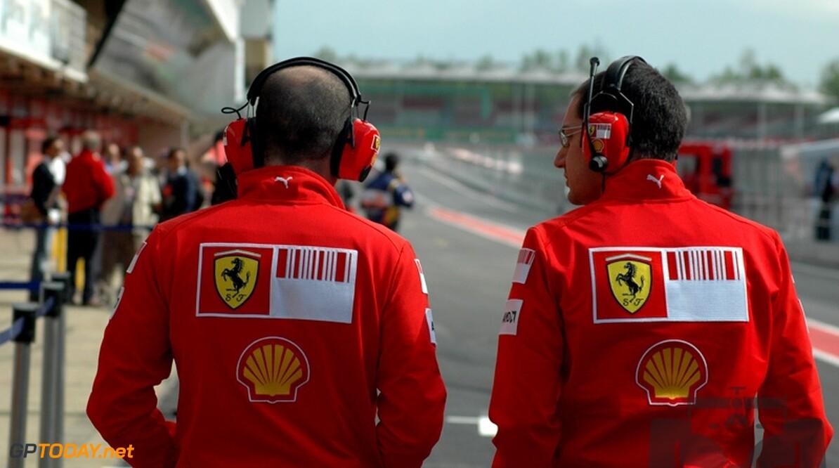 Ferrari zal overleg voeren over toekomst met Schumacher