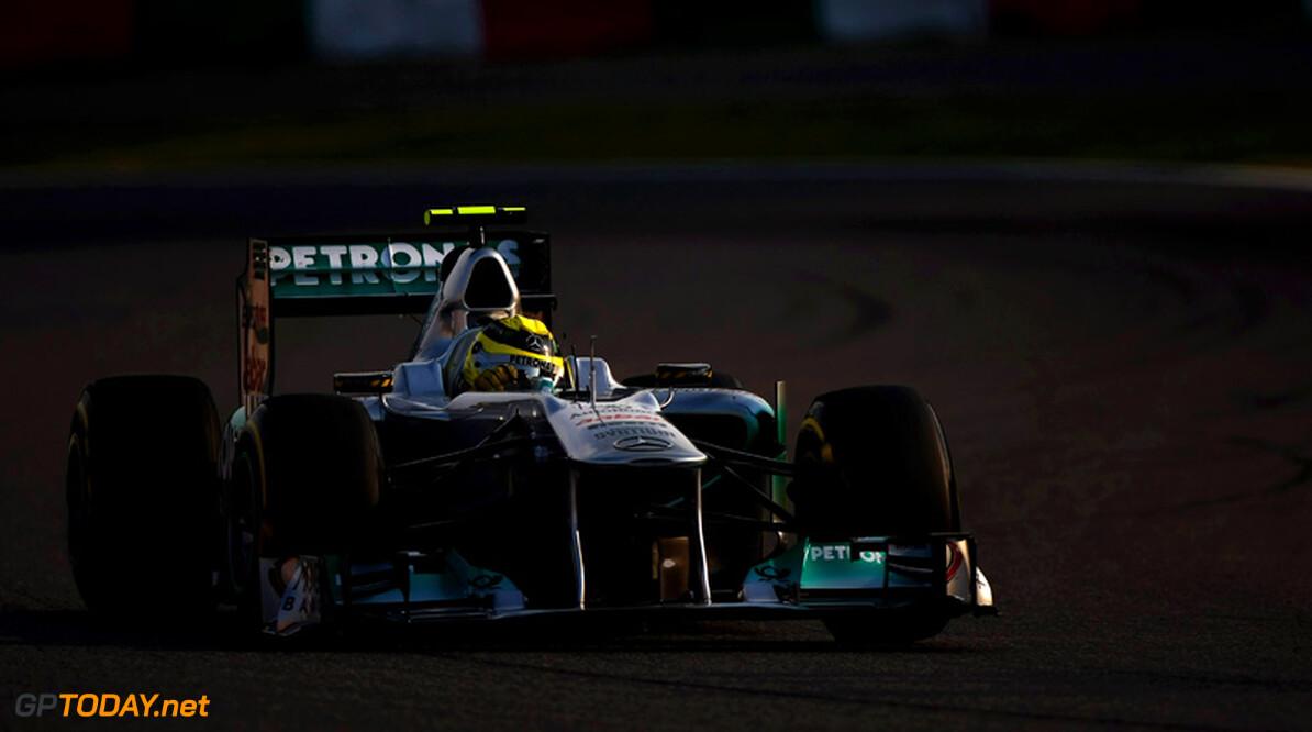 <b>Officieel:</b> Rosberg verbindt zich tot eind 2013 aan Mercedes GP
