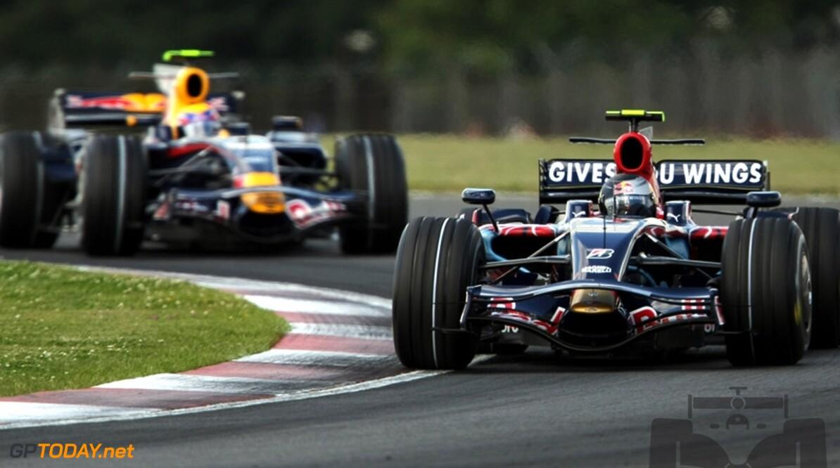 "Webber: ""Komst Vettel vergroot druk op Red Bull Racing"""