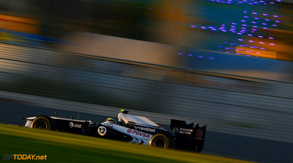 Williams test in Abu Dhabi met uitlaatsysteem voor 2012