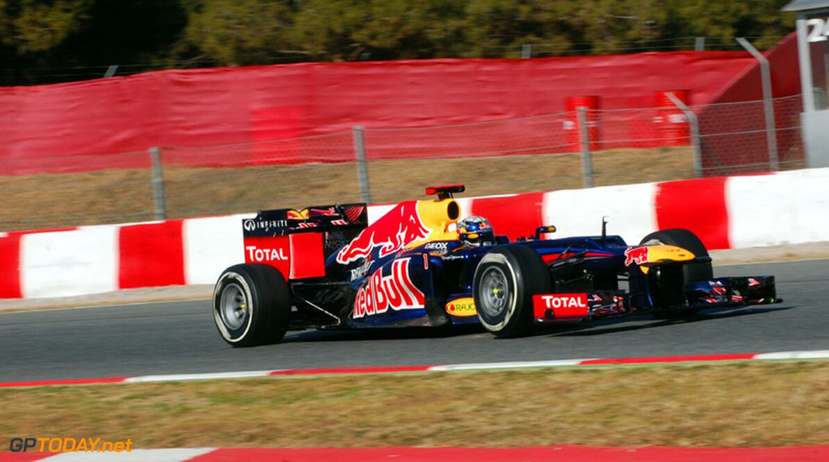 Barcelona dag 1: Vettel opent de week met snelste tijd