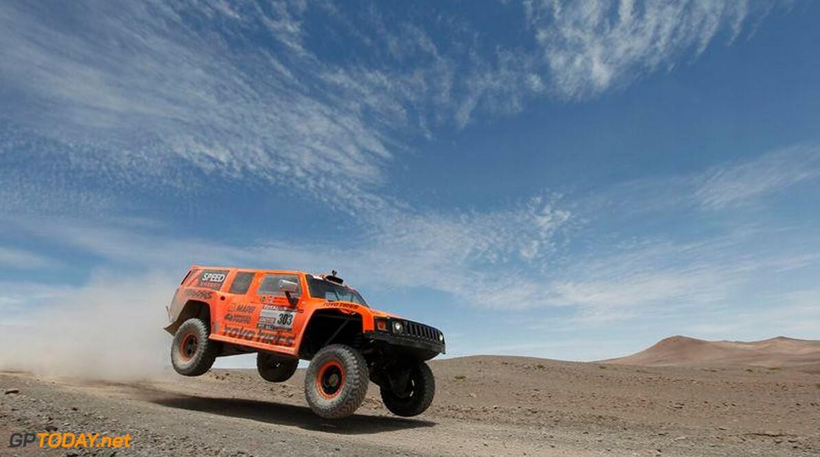 <b>Dakar:</b> Robby Gordon trekt opnieuw ten strijde in een Hummer