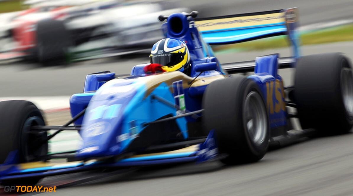 Jack Clarke snelste op eerste testdag in Portimao