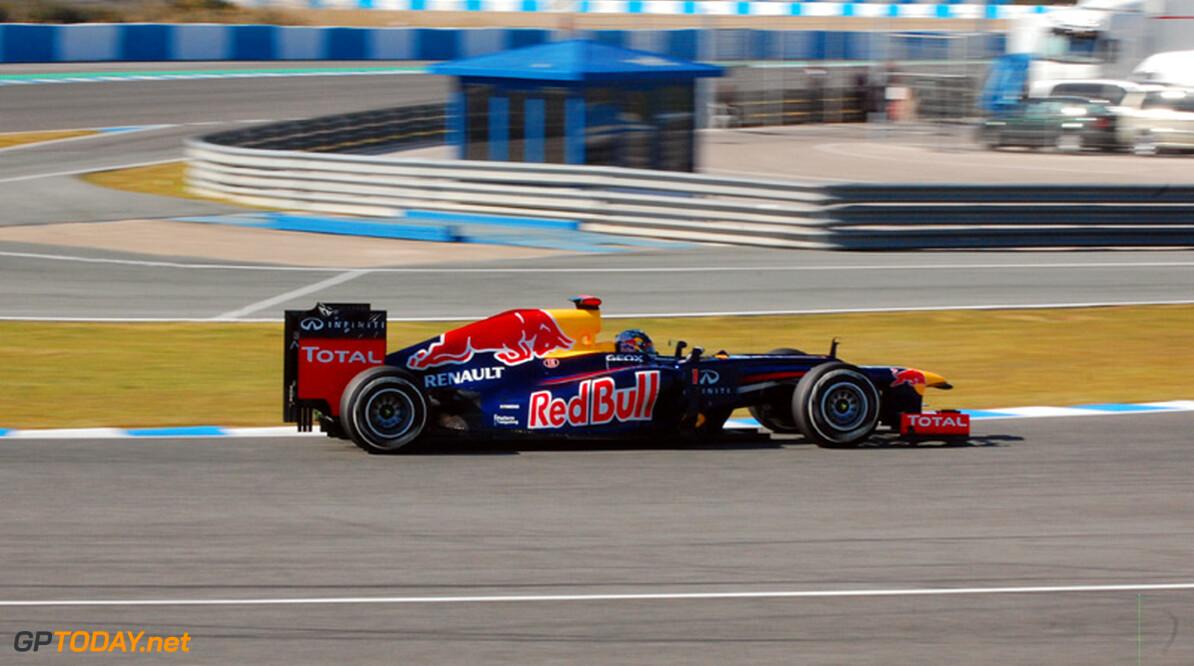 Vettel onaangedaan door onbetrouwbaarheid RB8 in eerste week