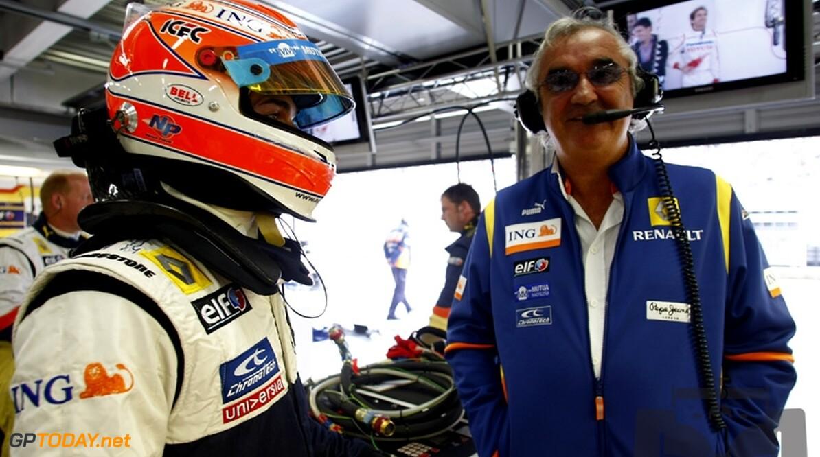 Alain Prost vereerd om taken Briatore over te nemen