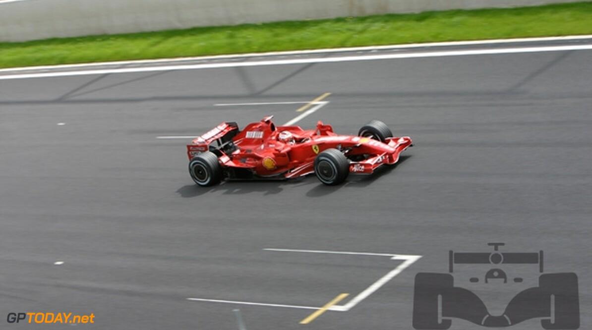Raikkonen wint in China, drama voor Hamilton