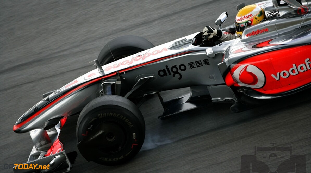 VT1: Hamilton snelst met nieuwe diffuser