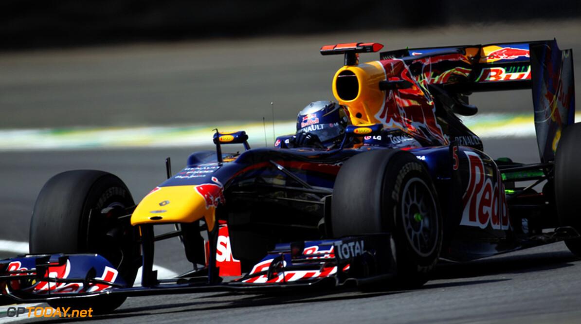 VT1: Vettel opent finaleweekend in Abu Dhabi met beste tijd