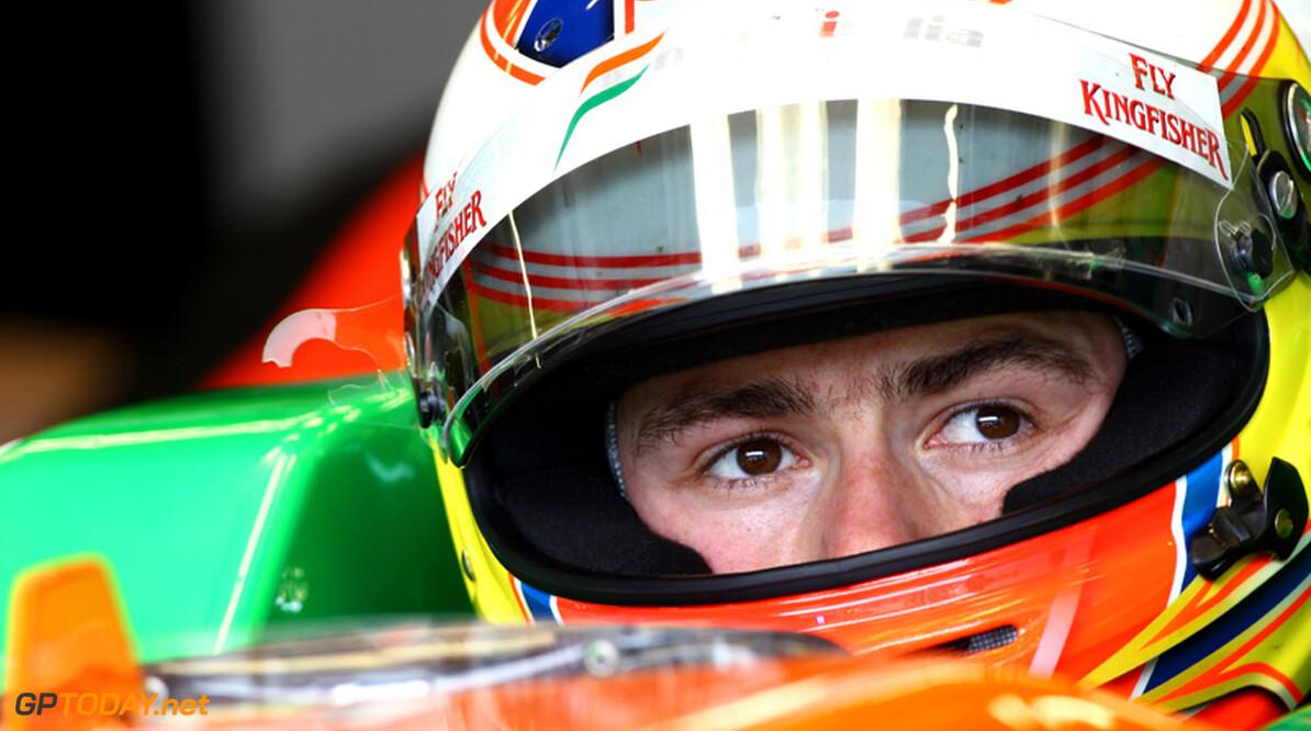 Manager Di Resta schermt met interesse van Mercedes GP
