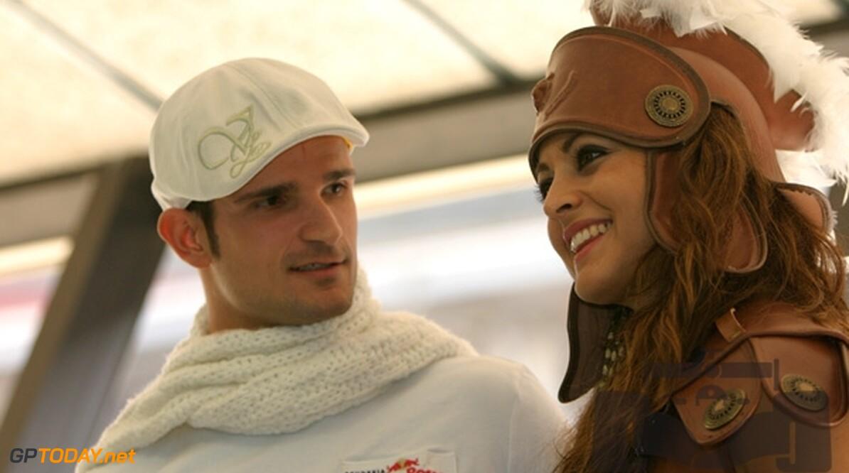 Liuzzi op trainingskamp met Force India-coureurs