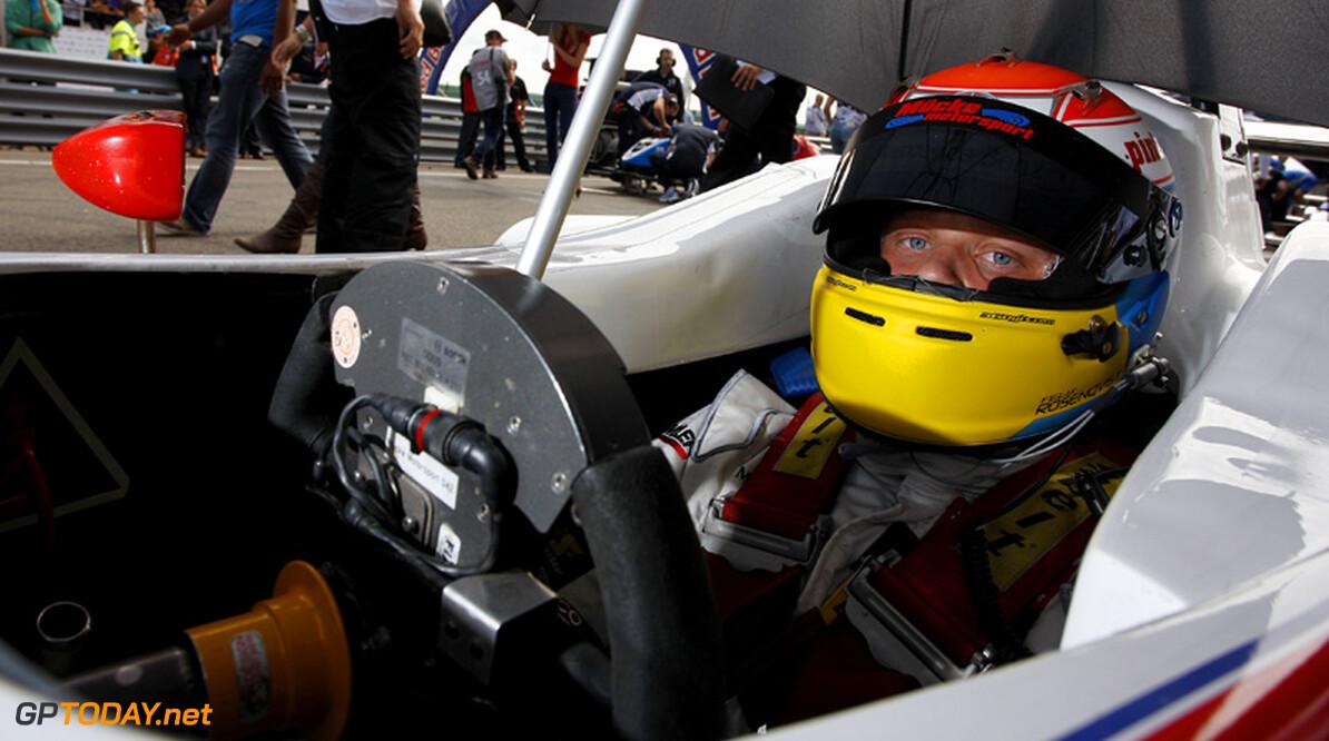 Rosenqvist scoort eerste overwinning in tweede race