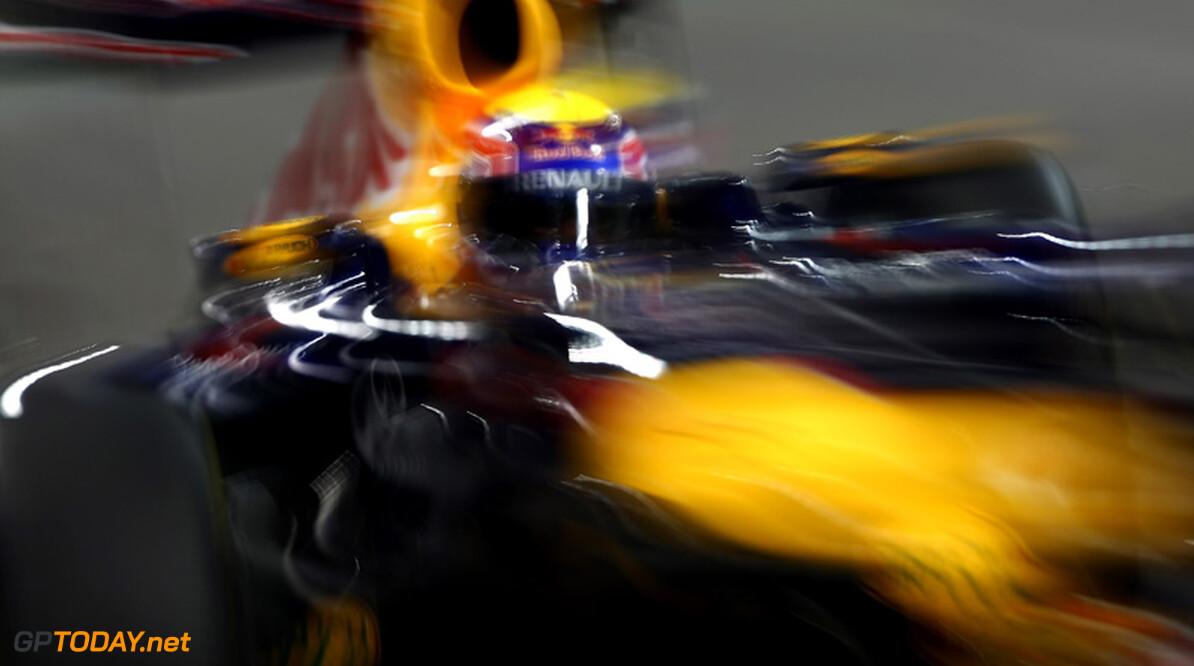 Mark Webber verspeelt podiumplaats tijdens eerste pitstop