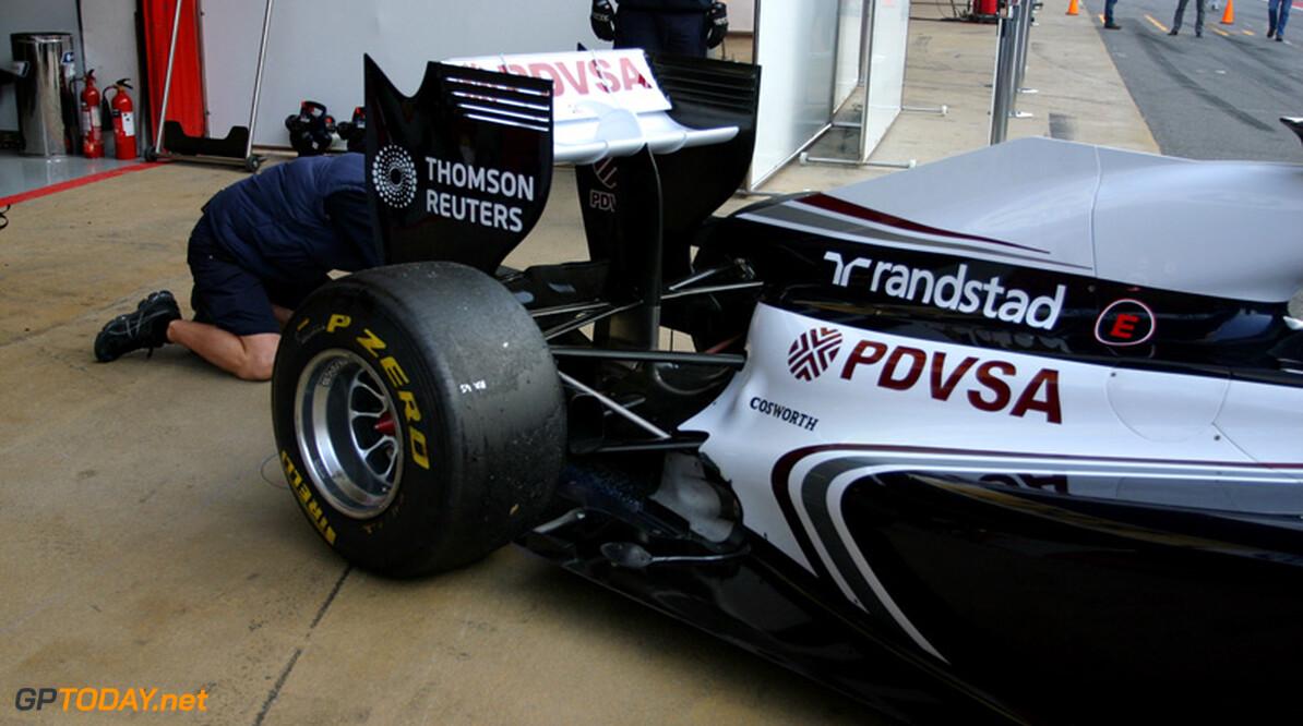 Formule 1-auto's vanaf 2013 met één uitlaat