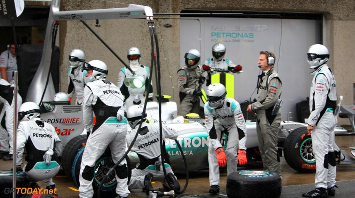 Brawn vraagt Rosberg om geduld en vertrouwen in Mercedes GP