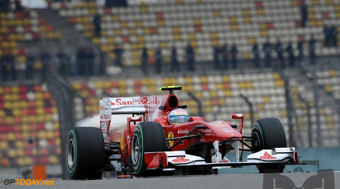 Fernando Alonso overtuigd van betere racepace morgen