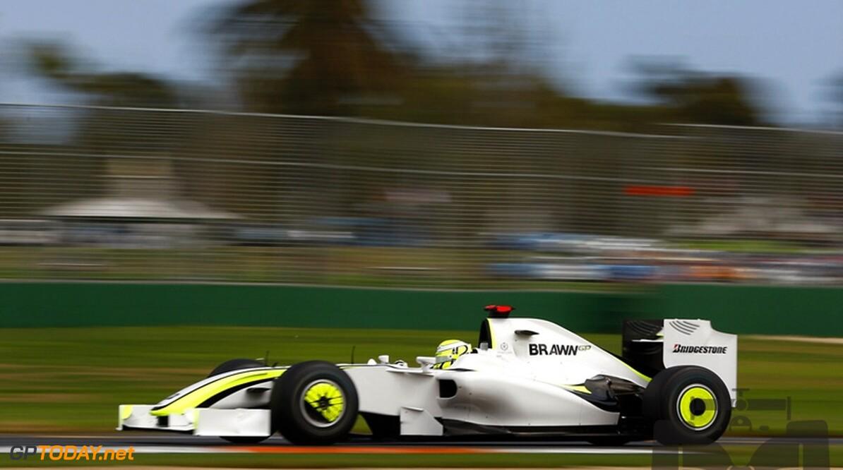 VT2: Button verslaat Rosberg en Barrichello