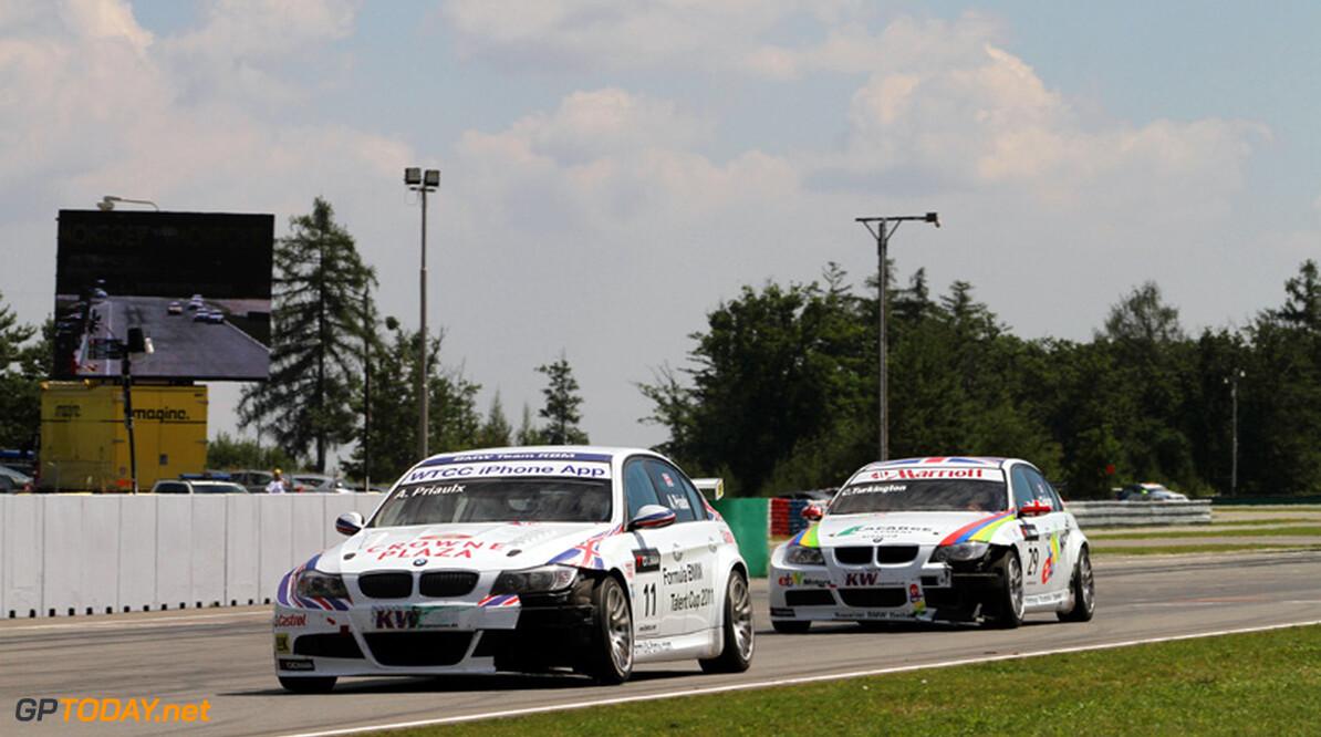 BMW pakt volledige eerste startrij voor eerste race in Japan