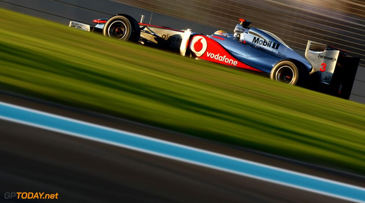 Lewis Hamilton scoort overtuigende zege in Abu Dhabi, Vettel finisht niet