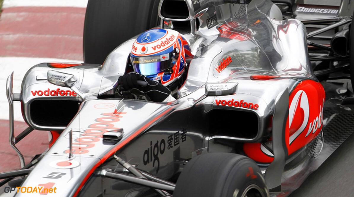 "Jenson Button: ""Ik moest echt vol op de remmen stampen"""