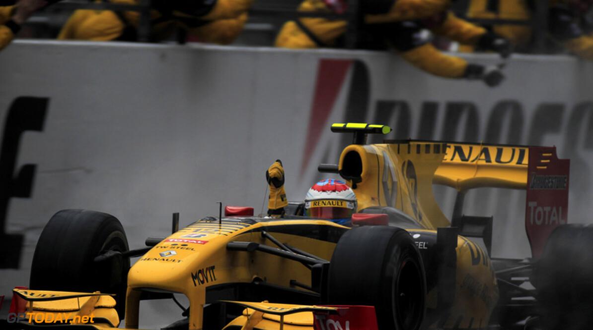 Renault-teambaas Boullier prijst race van Vitaly Petrov