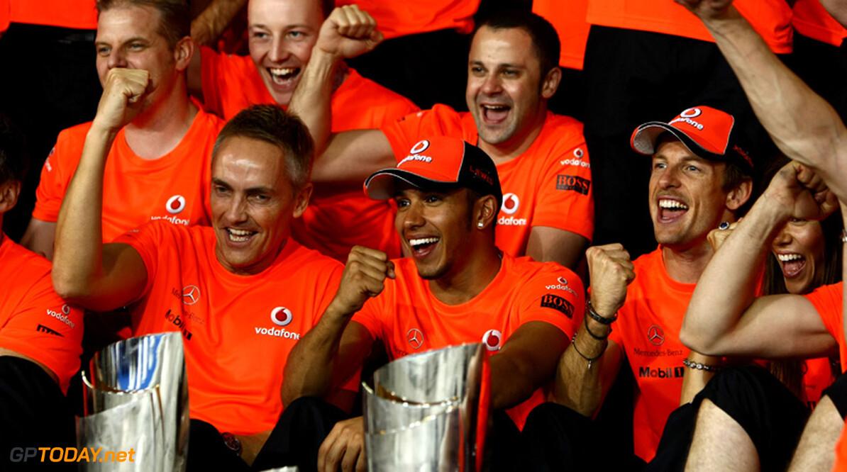 Lewis Hamilton spreekt McLaren-teambaas Whitmarsh weer tegen
