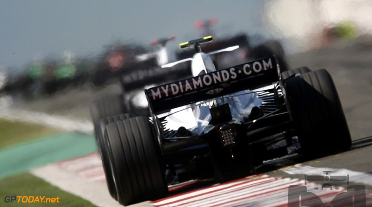 Williams test achtervleugel voor 2009 in Jerez